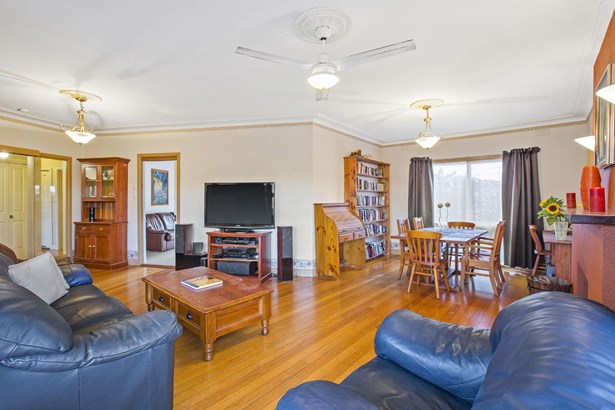 16 Orchard Grove, Heathmont - AUS (photo 2)