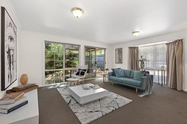 2b Milton Crescent, Box Hill South - AUS (photo 3)