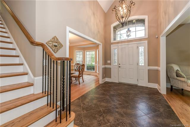 2 Story/Basement, Traditional - Fort Mill, SC (photo 3)