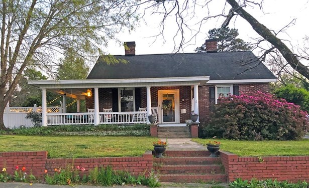 Bungalow,Traditional, Site Built - Greenwood, SC