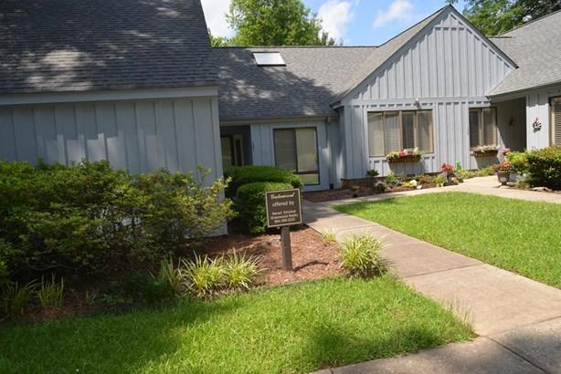 Condo/Townhouse, Patio - Greenwood, SC (photo 1)