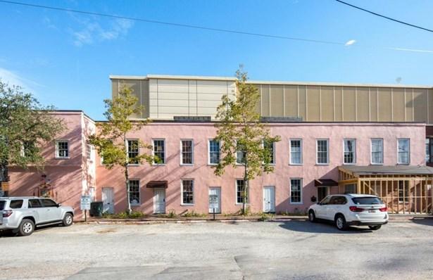 21 Burns, Charleston, SC - USA (photo 5)