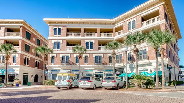 N/A, Condominium - Seacrest, FL