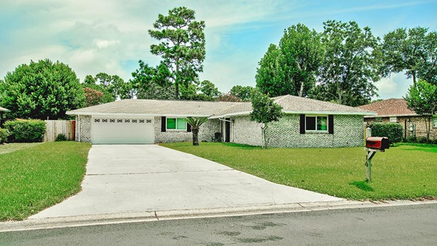 Detached Single Family, Ranch - Shalimar, FL (photo 1)