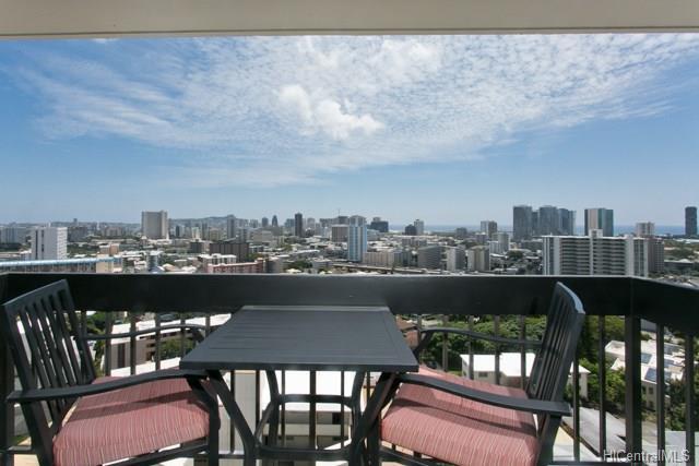 1560 Thurston Avenue, Honolulu, HI - USA (photo 1)