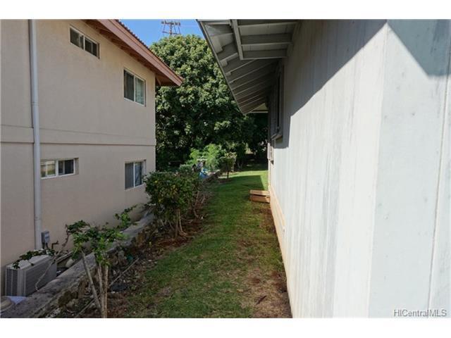 1738 Kapalama Avenue, Honolulu, HI - USA (photo 5)