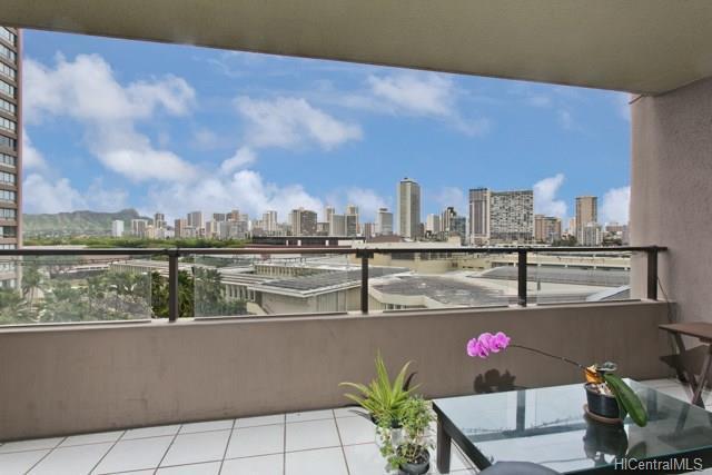 581 Kamoku Street, Honolulu, HI - USA (photo 1)