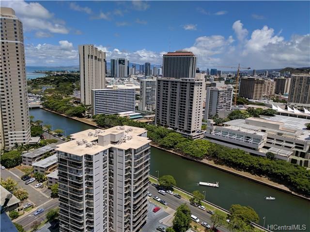 400 Hobron Lane, Honolulu, HI - USA (photo 2)