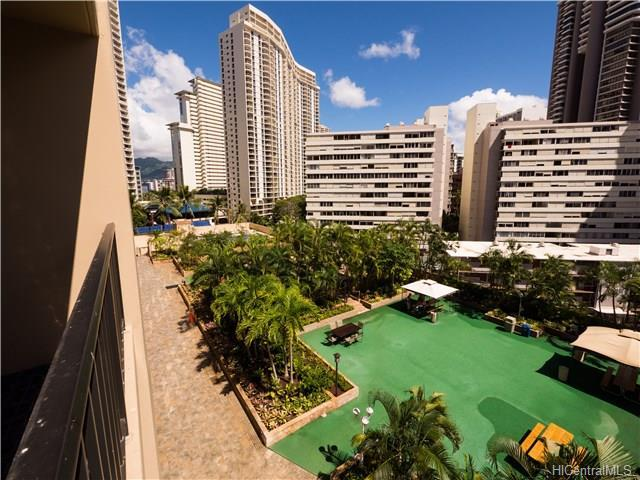411 Hobron Lane, Honolulu, HI - USA (photo 2)