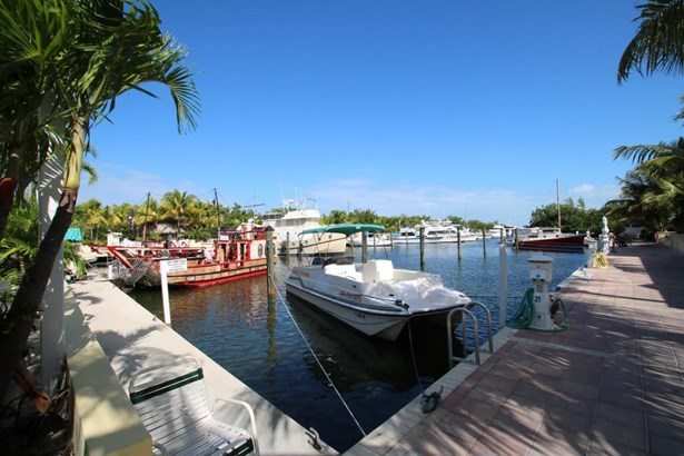 Boat Slips - Upper Matecumbe Key Islamorada, FL (photo 1)