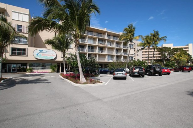 Residential - Condo/Townhouse - Plantation Key, FL (photo 3)