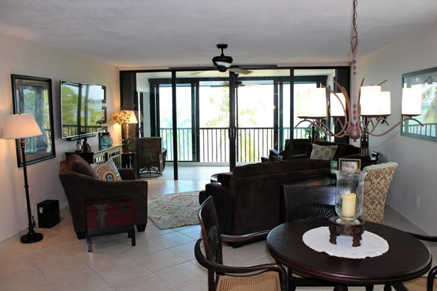 Residential - Condo/Townhouse - Key Largo, FL (photo 2)