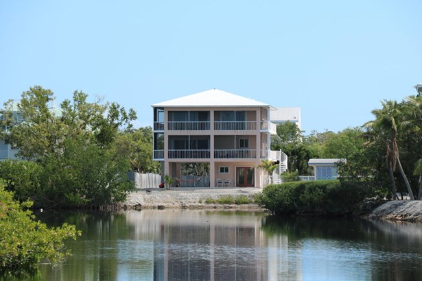 Residential - Single Family - Upper Matecumbe Key Islamorada, FL (photo 2)