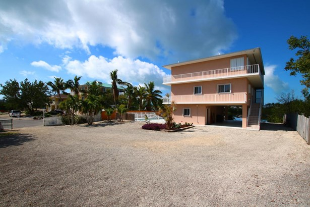 Residential - Single Family - Upper Matecumbe Key Islamorada, FL (photo 3)