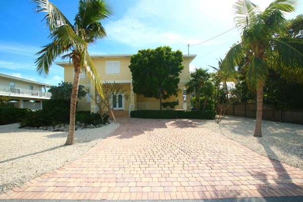 Residential - Single Family - Upper Matecumbe Key Islamorada, FL (photo 4)