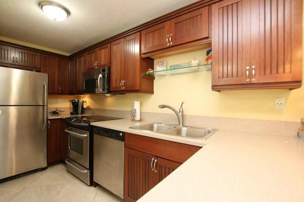 Residential - Condo/Townhouse - Plantation Key, FL (photo 4)