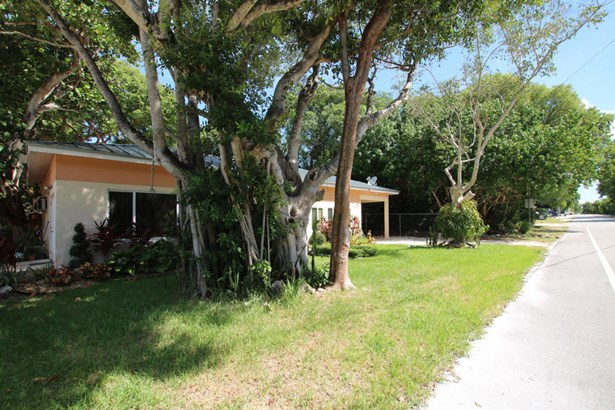 Residential - Single Family - Plantation Key, FL (photo 4)