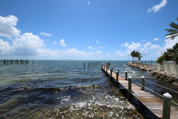 Residential - Condo/Townhouse - Plantation Key, FL (photo 4)