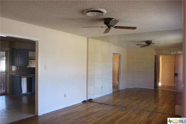 Traditional, Single Family - Copperas Cove, TX (photo 5)