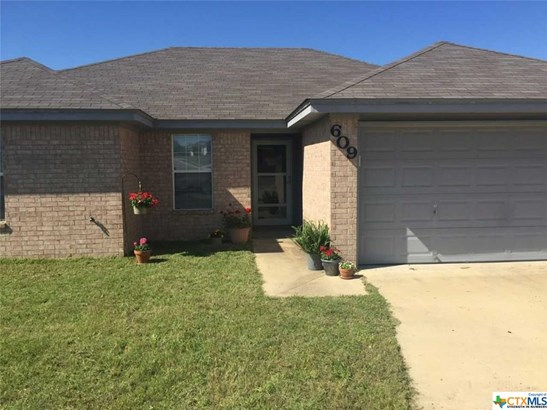 Traditional, Single Family - Harker Heights, TX (photo 3)
