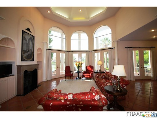 Single Family, Mediterranean/Spanish - Killeen, TX (photo 5)