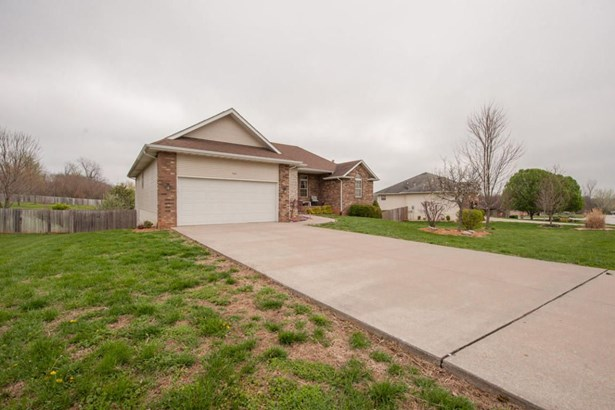 504 South Chandler Drive, Willard, MO - USA (photo 2)