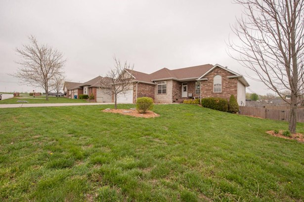 504 South Chandler Drive, Willard, MO - USA (photo 3)