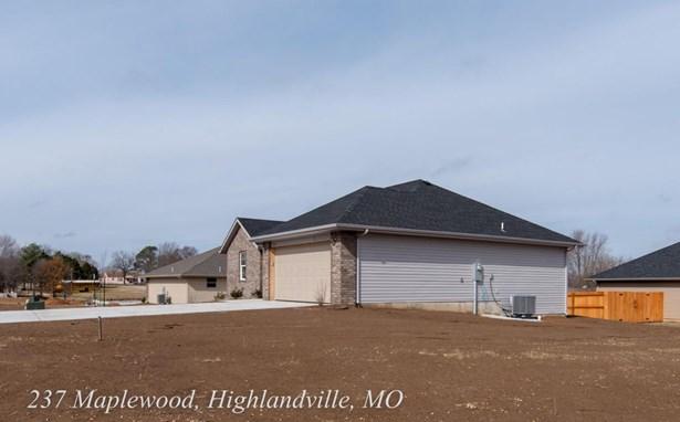 237 Maplewood Drive, Highlandville, MO - USA (photo 2)