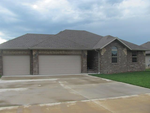 1206 Aaron Avenue, Monett, MO - USA (photo 2)