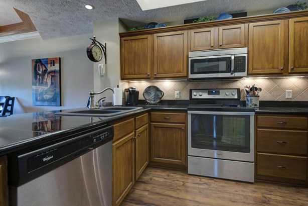 250 Lakewood Drive 105, Hollister, MO - USA (photo 3)