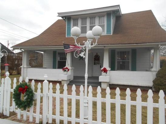 205 North Calhoun Avenue, Ash Grove, MO - USA (photo 2)