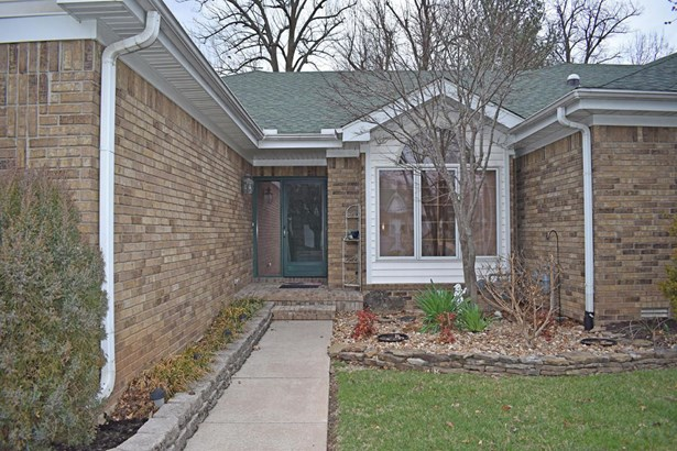 1717 West Elfindale Street 1-e, Springfield, MO - USA (photo 2)