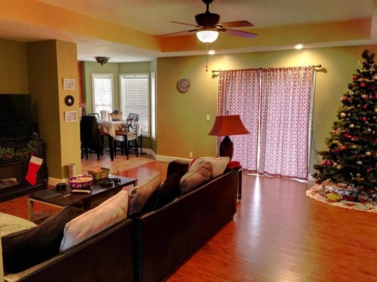 413 West Westgate Drive, Clever, MO - USA (photo 3)