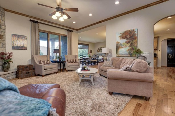 2622 South Forrest Heights Avenue, Springfield, MO - USA (photo 5)