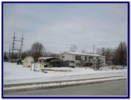 408 South Missouri Street, New Franklin, MO - USA (photo 1)