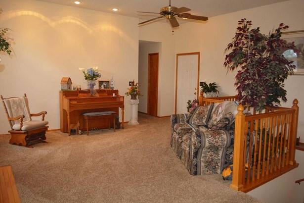 414 Cedar Lane, Willard, MO - USA (photo 4)