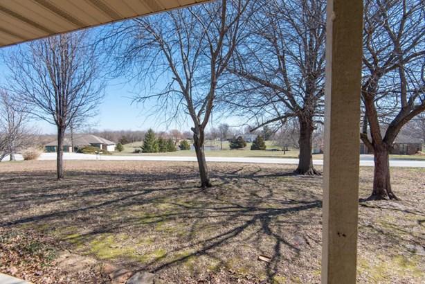 8425 Meadow Lake Drive, Willard, MO - USA (photo 4)