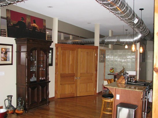 327 East Walnut Street Suite 203, Springfield, MO - USA (photo 3)