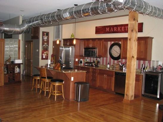 327 East Walnut Street Suite 203, Springfield, MO - USA (photo 4)