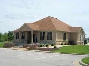 1009 Amanda Avenue, Monett, MO - USA (photo 2)