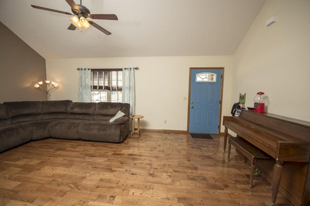 307 Union Hill Street, Clever, MO - USA (photo 4)
