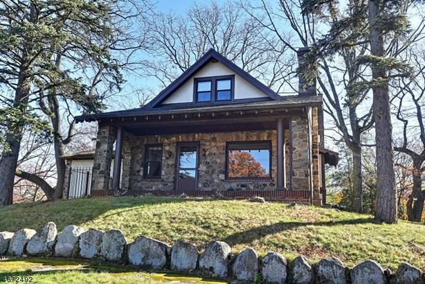 Colonial, Single Family - West Orange Twp., NJ (photo 1)