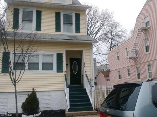 Colonial, Multi Floor Unit, Single Family - Irvington Twp., NJ (photo 2)