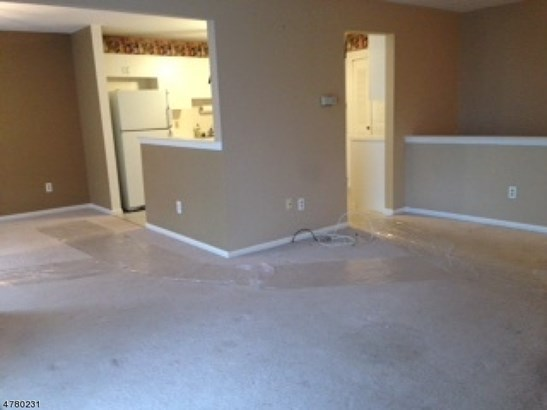 First Floor Unit, Apartment, One Floor Unit - East Hanover Twp., NJ (photo 2)