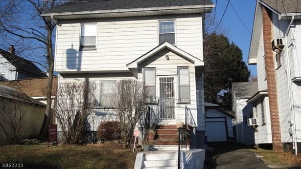 Colonial, Bi-Level, Single Family - Irvington Twp., NJ