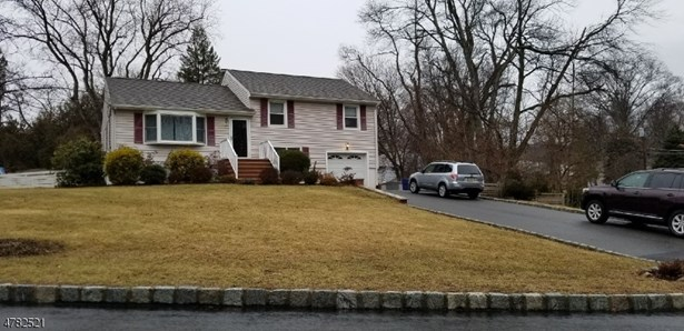 Split Level, Single Family - Parsippany-Troy Hills Twp., NJ (photo 1)