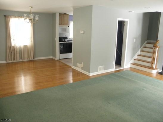 Split Level, Single Family - Parsippany-Troy Hills Twp., NJ (photo 3)