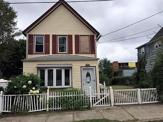Colonial, Single Family - Carteret Boro, NJ (photo 1)