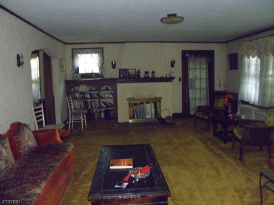 Tudor, Single Family - East Orange City, NJ (photo 2)