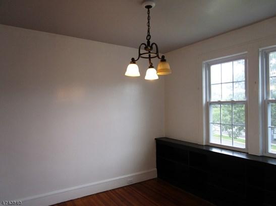 Multi Floor Unit, 3 or More Stories - Linden City, NJ (photo 2)